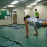 サーキットトレーニングでバランスよく全身運動